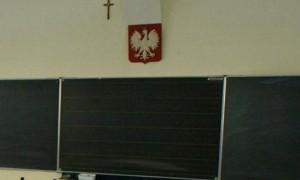 krzyz-w-szkole