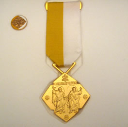 medal_papieski