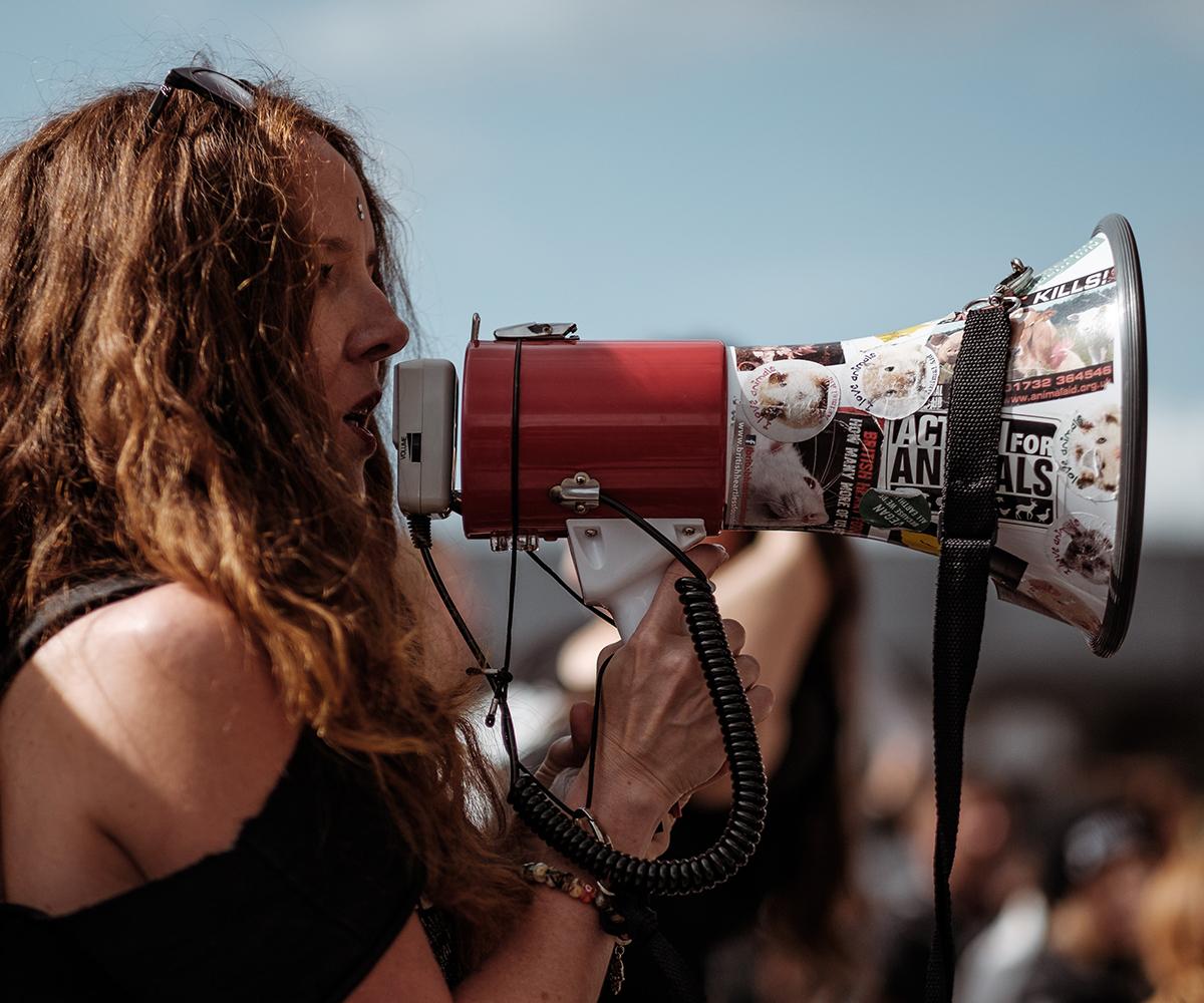 Protesty, trudne pytania i ciężkie decyzje