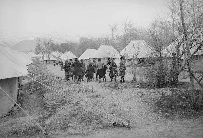 Fot. Polscy uchodźcy, Teheran, 1943.